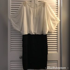 Dresses & Skirts - Ladies Semi-formal Dress w/Pearl Accents Sz 20W